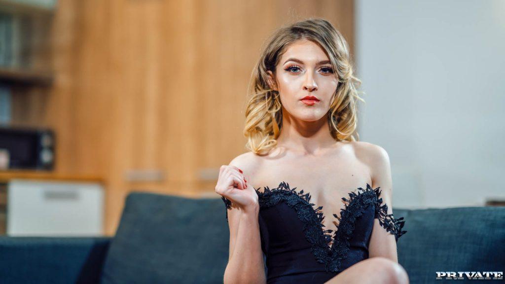 Rihannon Ryder 4K porno