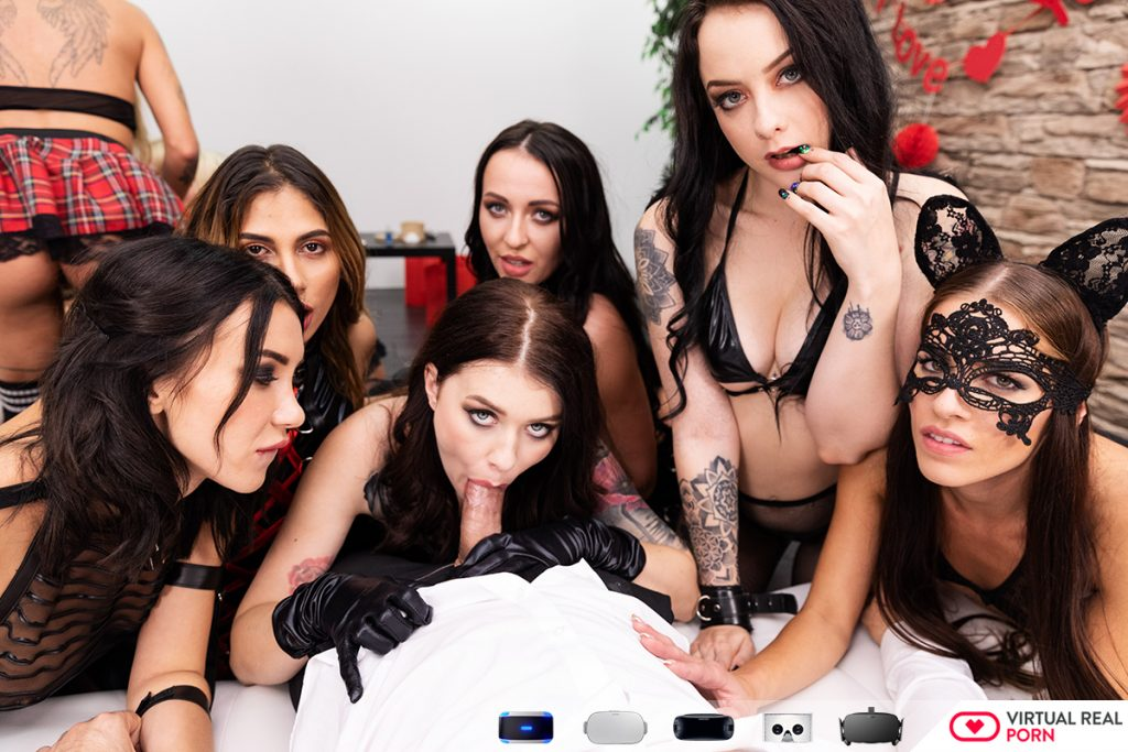 Misha Cross & Alessa Savage in vr orgy