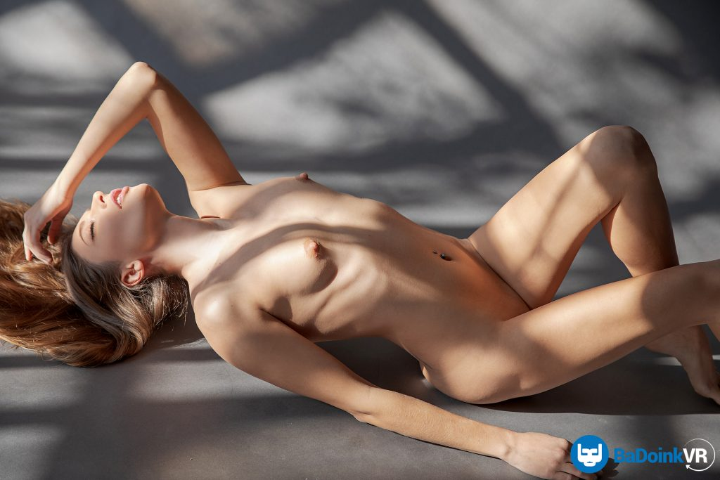 vr nude photography erotic model