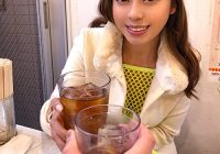 dining in restaurant with cute Japanese girl