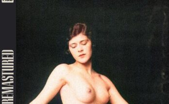 PornHub Remastured vintage topless woman