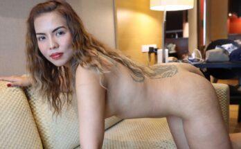 Horny Thai MILF Asian Sex Diary VR video